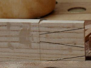 WoodworksbyJohn-CustomFurniture-LasVegas-SlantedDovetail-4