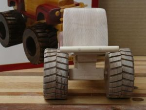 ConnorsMonsterTruck-WoodworksbyJohn-3