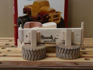 ConnorsMonsterTruck-WoodworksbyJohn-4