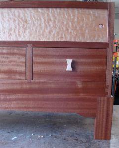 WoodworksbyJohn-HDTVStand-Dovetails-relationship-1