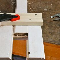 Jig with one of many test joints.