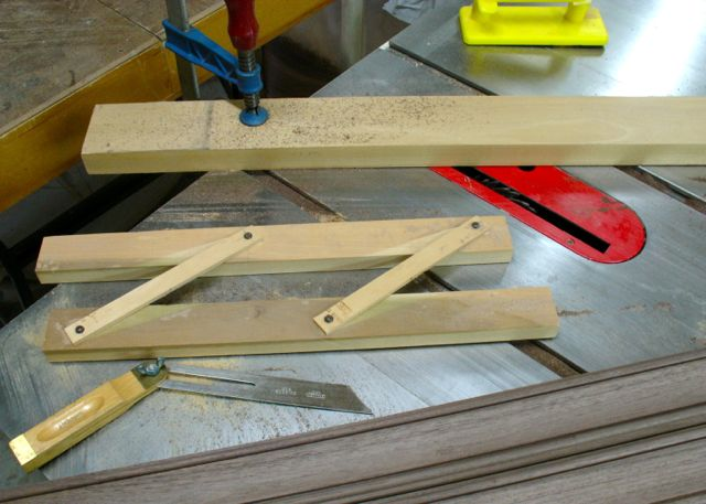 Custom Picture Frame Molding: Part 1 | Woodworks by John