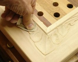 Sanding method, not with the grain!