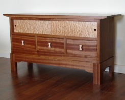 HDTV Cabinet: Sapele & Big Leaf Maple