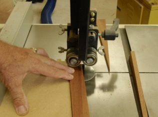 Bandsaw Jig for Wedge