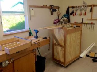Using new miter saw stand to fit plywood