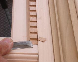 Dentil molding pared to match column